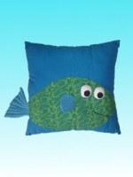 Coussin carré bleu Aqu'happy poisson vert