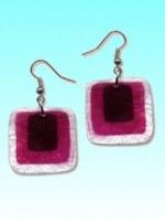Boucles d'oreille capiz carré violet env 3cm