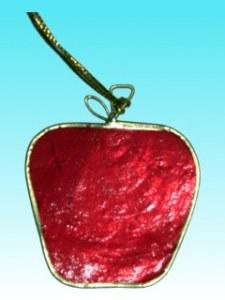 Décoration de noël pomme rouge en capiz