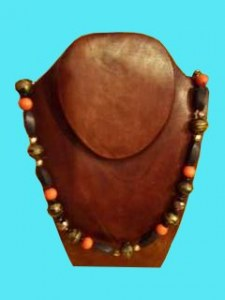 Collier orange antique