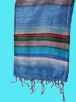 Etole en soie naturelle fine bleu rayée 140x25 cm