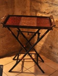 Table pliante avec plateau batik javanais 69x 40 cm H 79 cm
