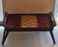 Plateau avec pieds batik javanais 62x 32cm H 28 cm