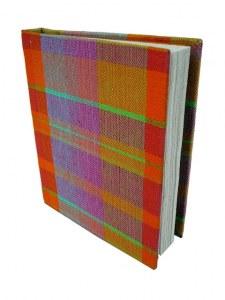carnet madras petit 7 x 10 cm recouvert de madras coton