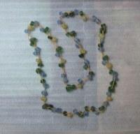 Collier en verre recyclé dépoli tons jaune et vert