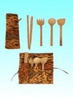 Pochette batik et ses ustensiles en bambou 24x15 cm