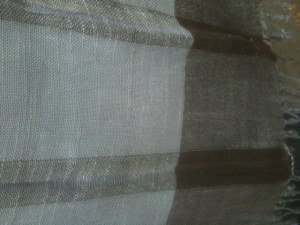 Etole 100% lin gris bleuté rayures marron  170 x65 cm