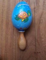 maracas tortue en mahogany peint à la main 11.5 cm