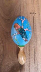 maracas perroquet en mahogany peint à la main 11.5 cm