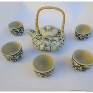 service à thé rond avec 5 tasses motifs bleus